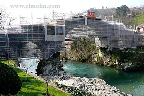 Rutas y turismo desde cangas de on s en asturias for Oficina turismo cangas de onis